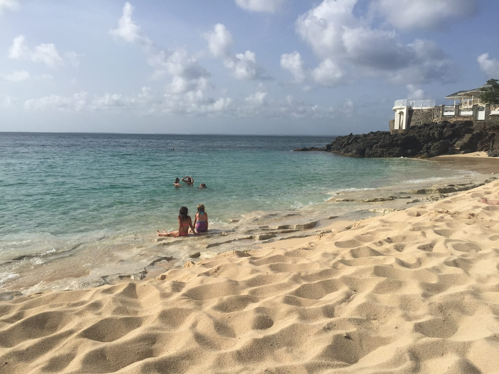 Scam Alert: Massages at Baie Rouge Beach, St. Martin