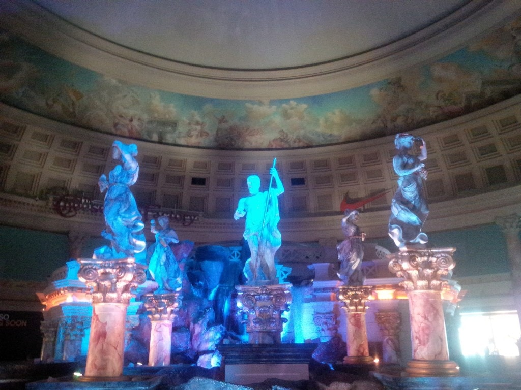 "Atlantis Show at the Forum Shops - ""The Bellagio Las Vegas in July - Hot Hot Hot!"" - Two Traveling Texans"