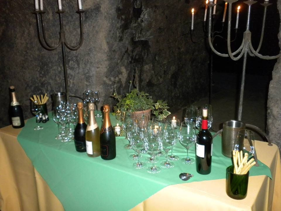 """Wine tasting at Schramsberg - """"10 Wine Tasting Tips and Tricks for Napa Valley"""" - Two Traveling Texans"""