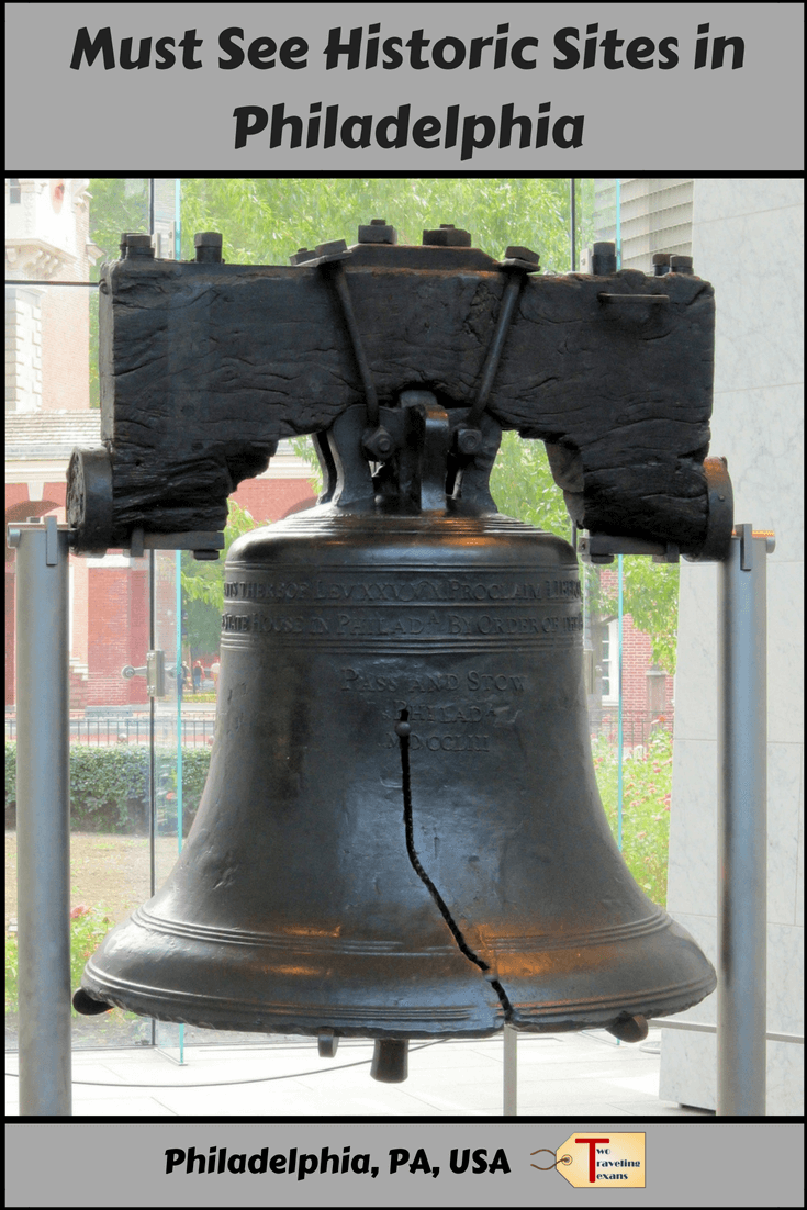 Tips for visiting Independence Hall and the Liberty Bell and plus more about history in Philadelphia, Pennsylvania. #independencehall #philly #historicalphilly #whattoseeinphilly | Philadelphia History | Philadelphia Historical Sites | Philadelphia Independence Hall | Independence Hall Philadelphia