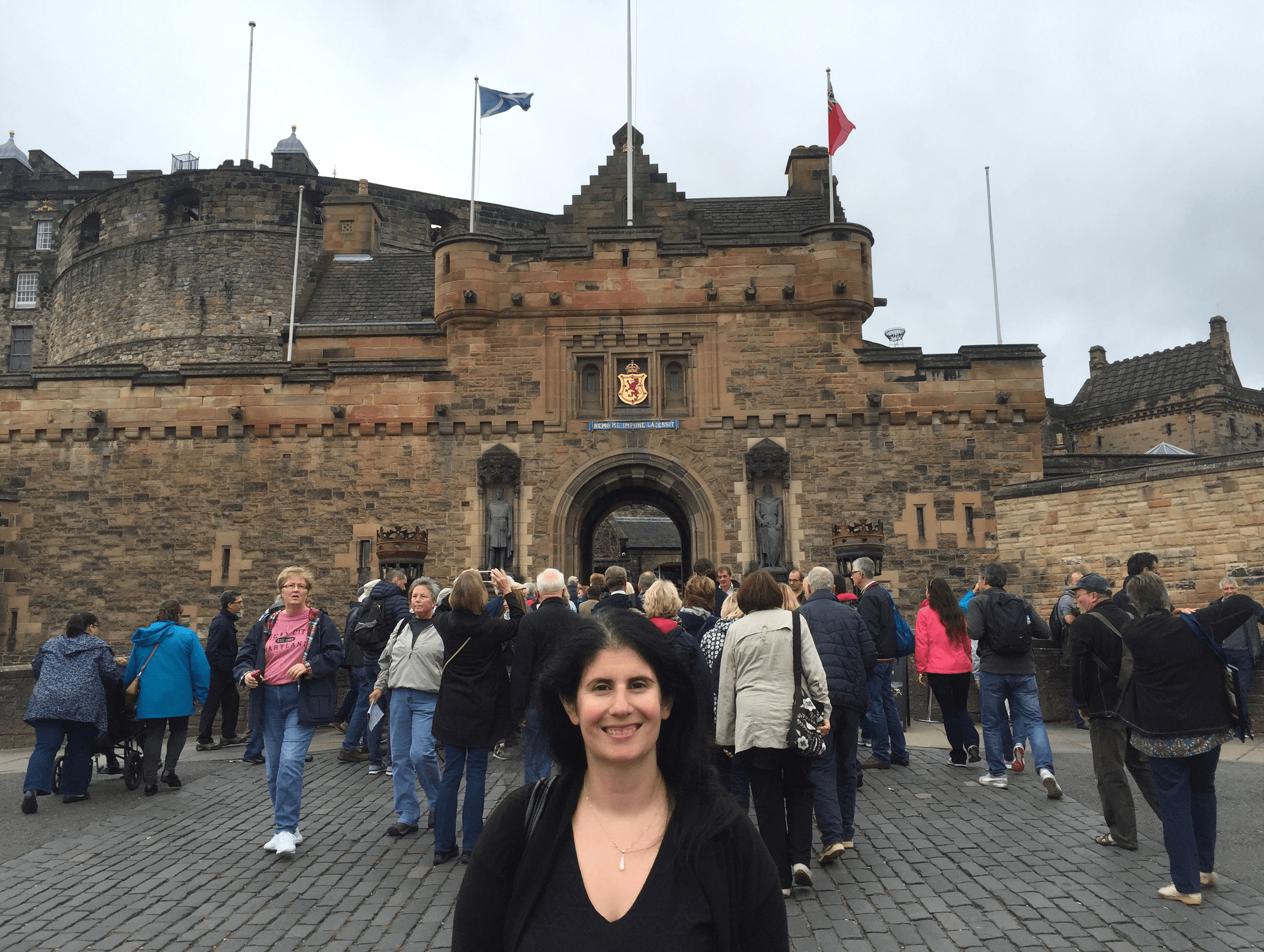 Anisa in front of the entrance to Edinburgh Castle. -