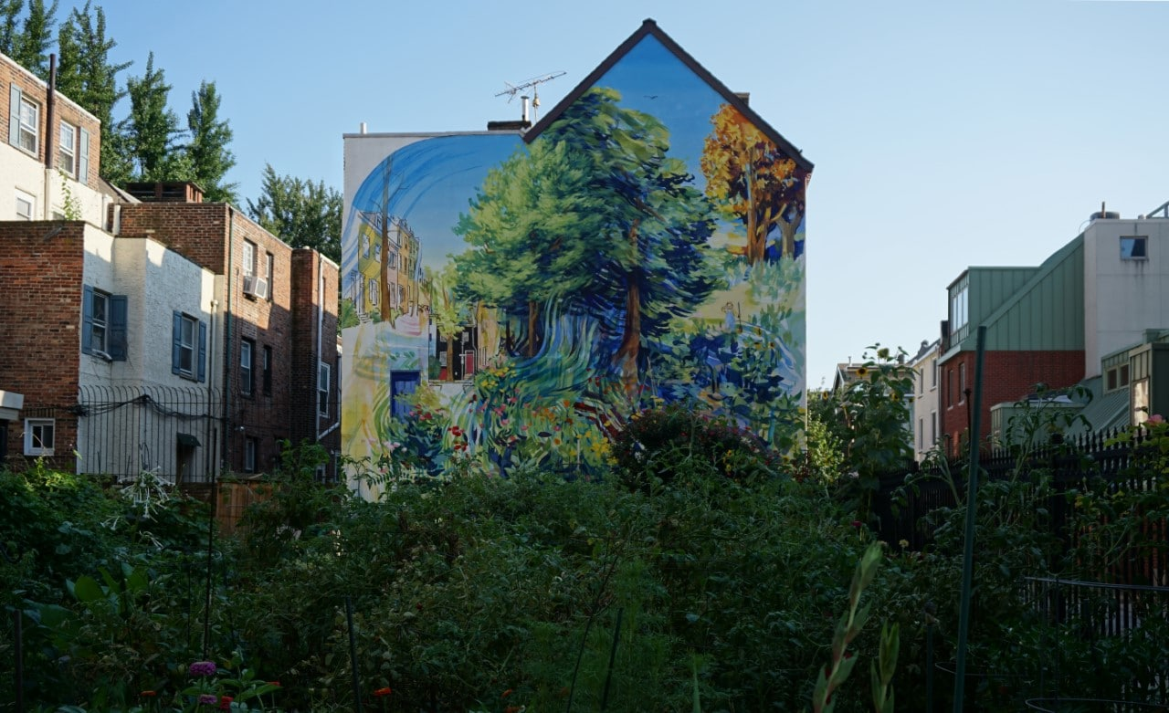 "We ended the tour seeing Garden of Delight by David Guinn - ""Philadelphia Mural Mile Tour: Get Inspired!"" - Two Traveling Texans"