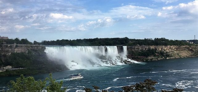 Hornblower Niagara Cruises Vs Maid of the Mist