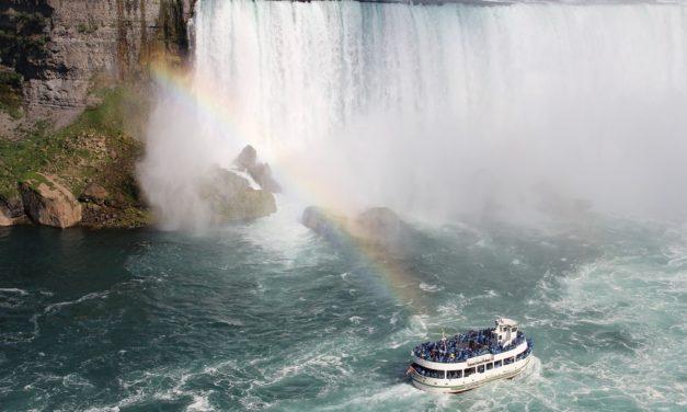 Hornblower Niagara Cruises Vs Maid of the Mist