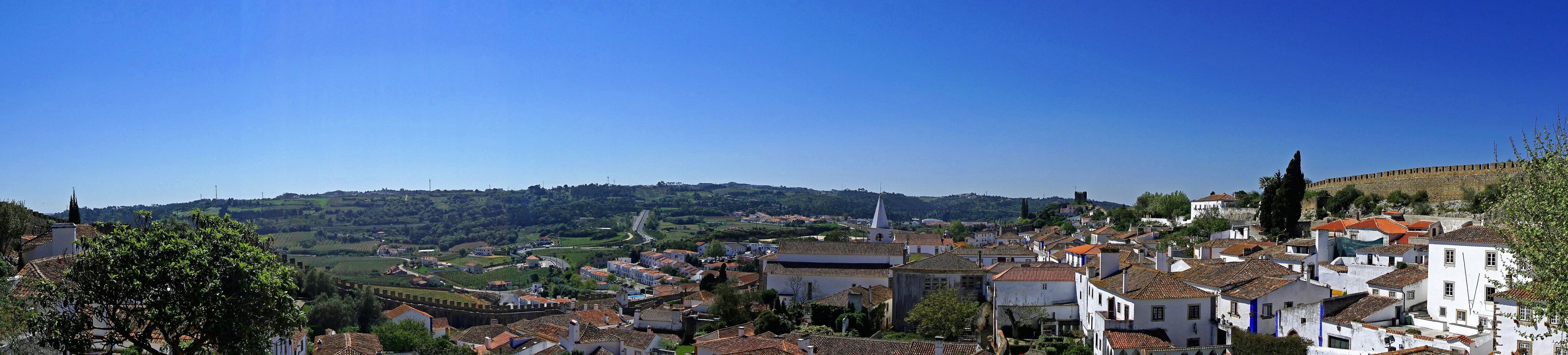 Obidos Portugal pictures - Two Traveling Texans