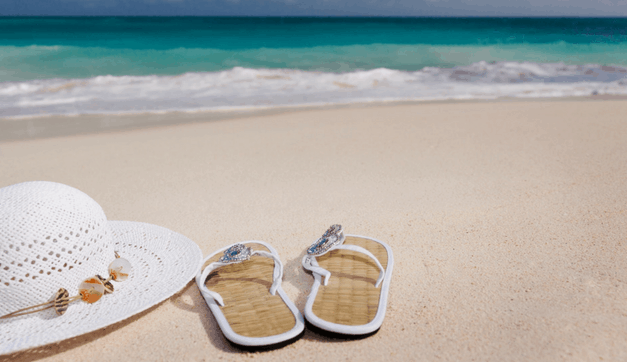 The Ultimate Packing List for the Beach