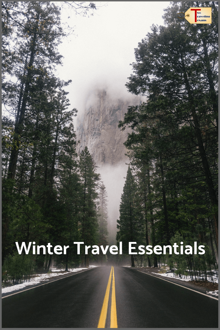 12 Winter Packing List Essentials to Keep You Warm on a Cold Weather Vacation | Winter Packing List Cold Weather | Winter Packing Carry On | Travel Planning Tips #winterpackinglist #wintertravelplanning