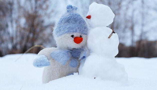 12 Winter Packing List Essentials