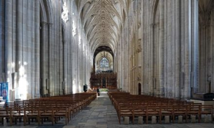 Historic Winchester England Day Trip: 5 Top Things to Do