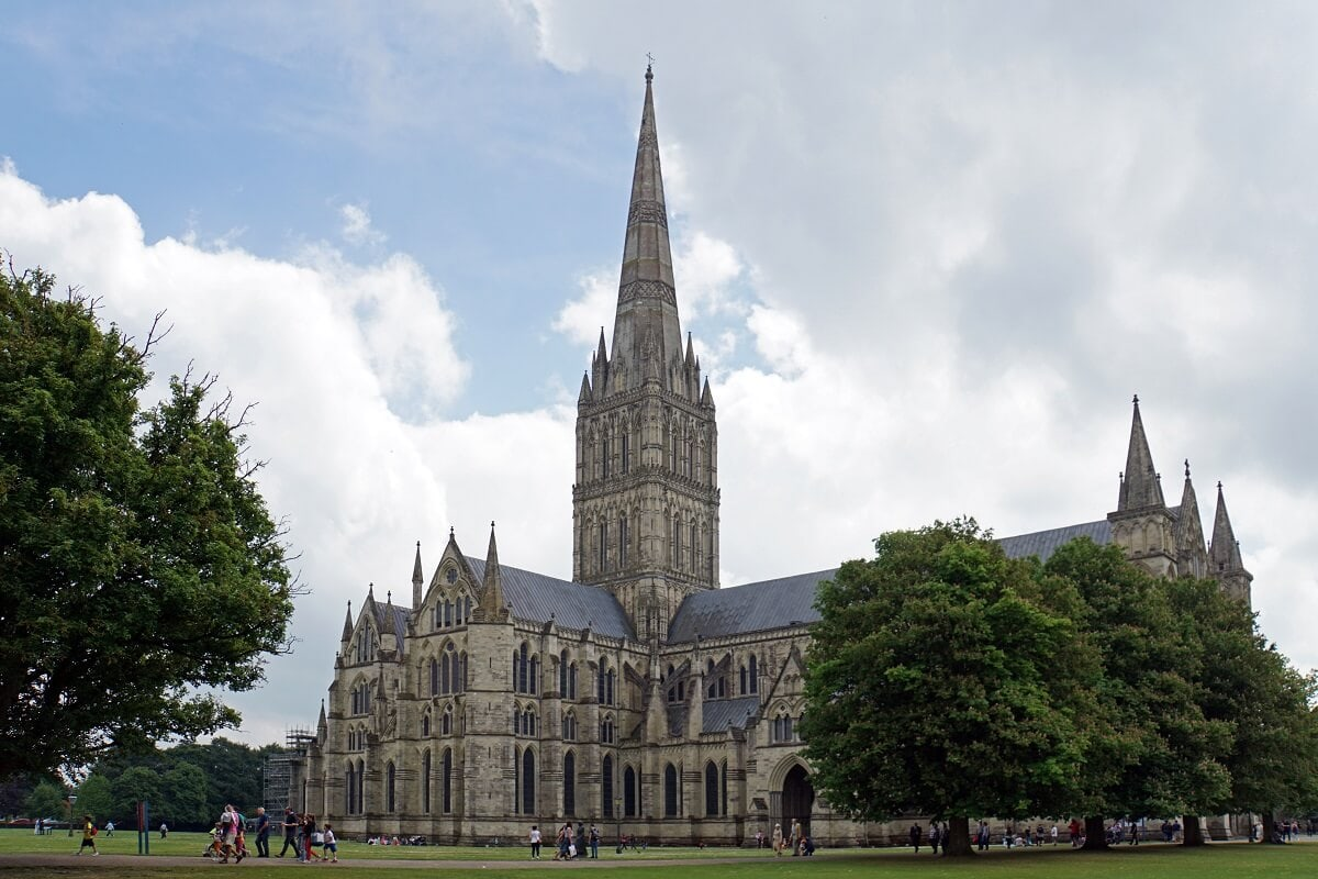 The Salisbury Cathedral is a stunning building. It's tall spire can be seen from miles away. - Two Traveling Texans