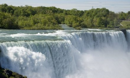 18 Practical Tips for Visiting Niagara Falls