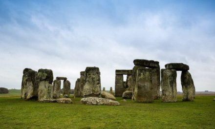 Stonehenge: Centerpiece of an Ancient Landscape