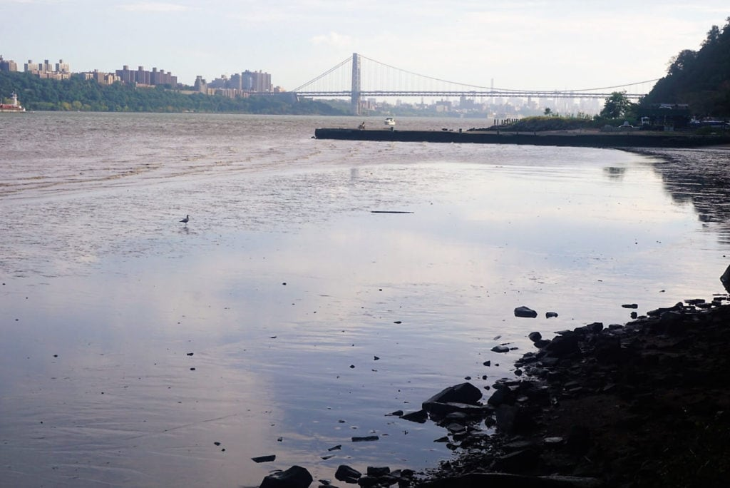 Fantastic views of the George Washington Bridge and the NYC skyline from Palisades Interstate Park. - The Best Hikes in the Hudson Valley - Two Traveling Texans