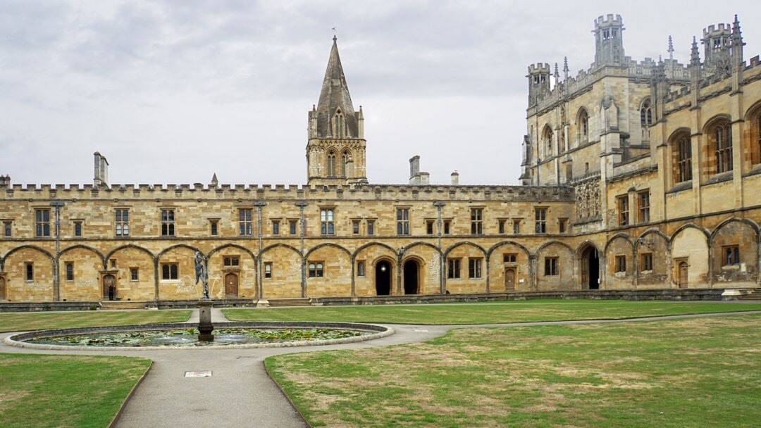 The Best Way to Visit Christ Church College in Oxford