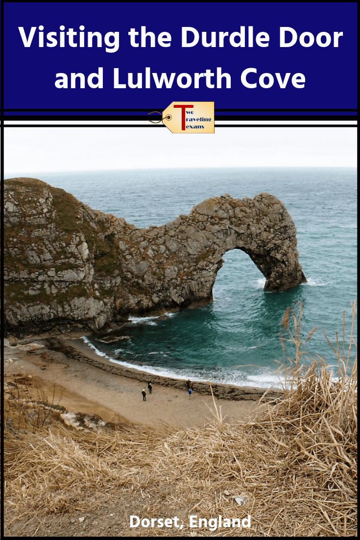 The Durdle Door and Lulworth Cove are some of the most popular attractions on England's Jurassic Coast.  Find out all the information you need to plan your visit. Post includes details on Lulworth Castle too | Durdle Door Dorset | Durdle Door England | Lulworth Cove Dorset | Lulworth Cove to Durdle Door Walk | Durdle Door Beach | Lulworth Cove Beach | Jurassic Coast England #hiking #england #castles