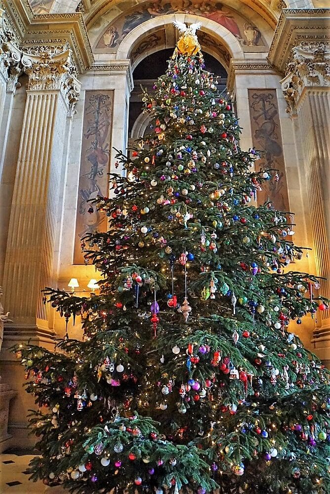 25 foot Christmas Tree at Castle Howard