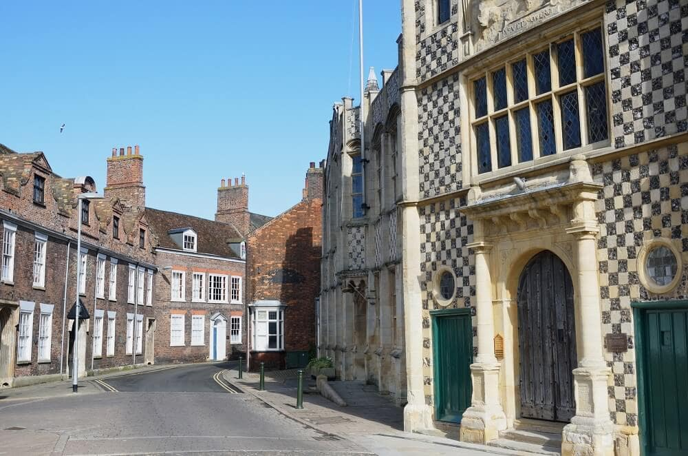 street in King's Lynn with traditional architecture