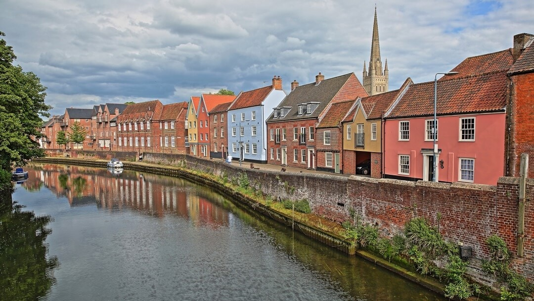 10 Delightful Day Trips From Cambridge, England