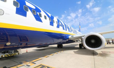 Tips for Flying With Ryanair That Will Save You Money