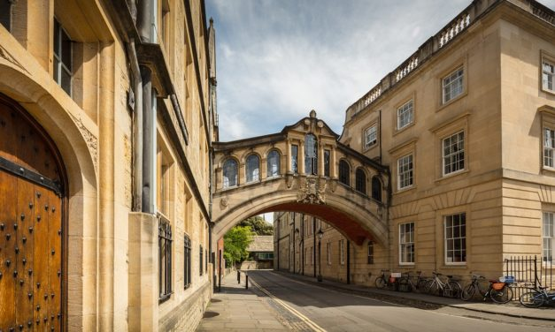 Should You Visit Oxford or Cambridge as a Day Trip from London?