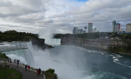 Best Places to Stay in Niagara Falls Recommended by Travel Bloggers
