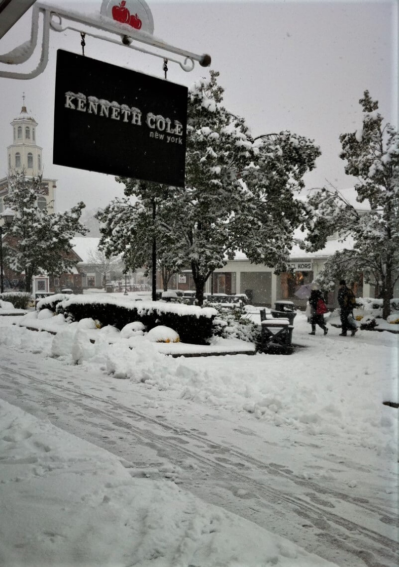 Woodbury Commons Shopping Center in the snow