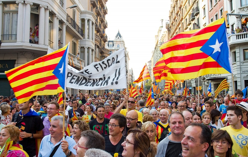 protest for catalonian independence in barcelona