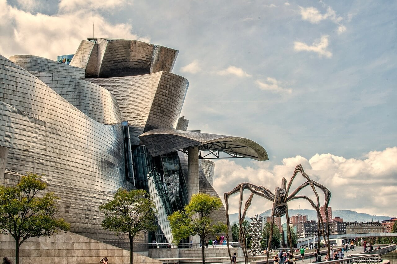 exterior of the guggenheim museum in bilbao