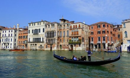 Gondola Ride in Venice: A Complete Guide