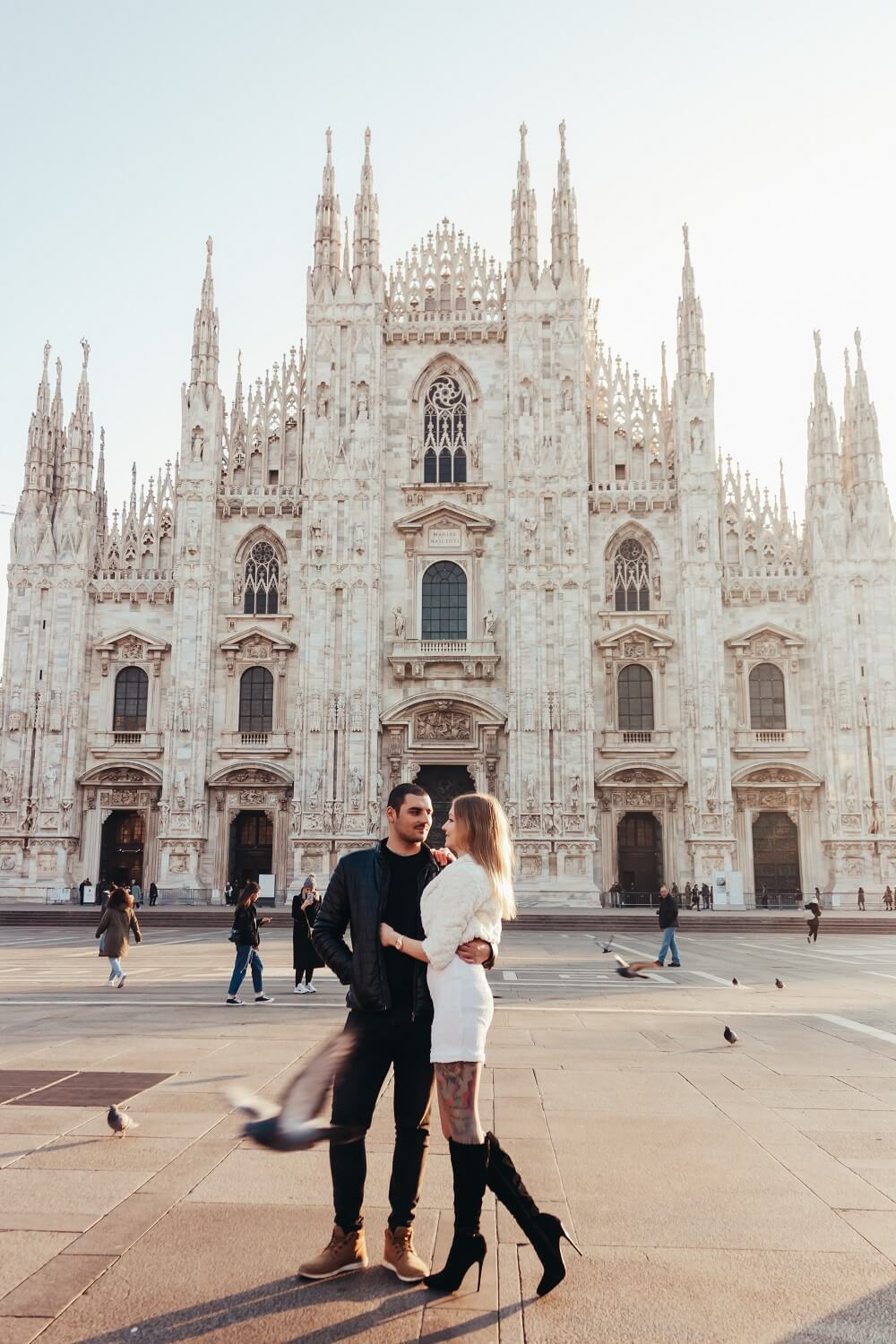 couple in front of the Duomo