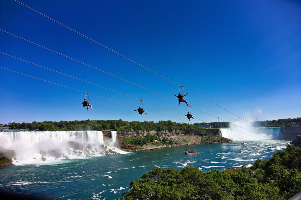 daredevils on the zipline in niagara falls