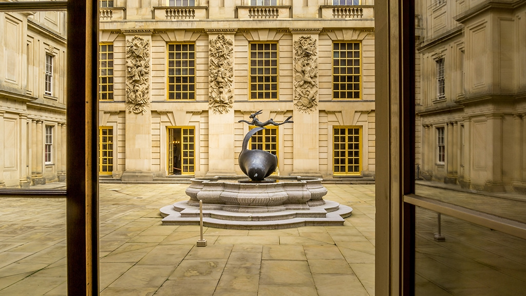 sculpture in the Chatsworth courtyard