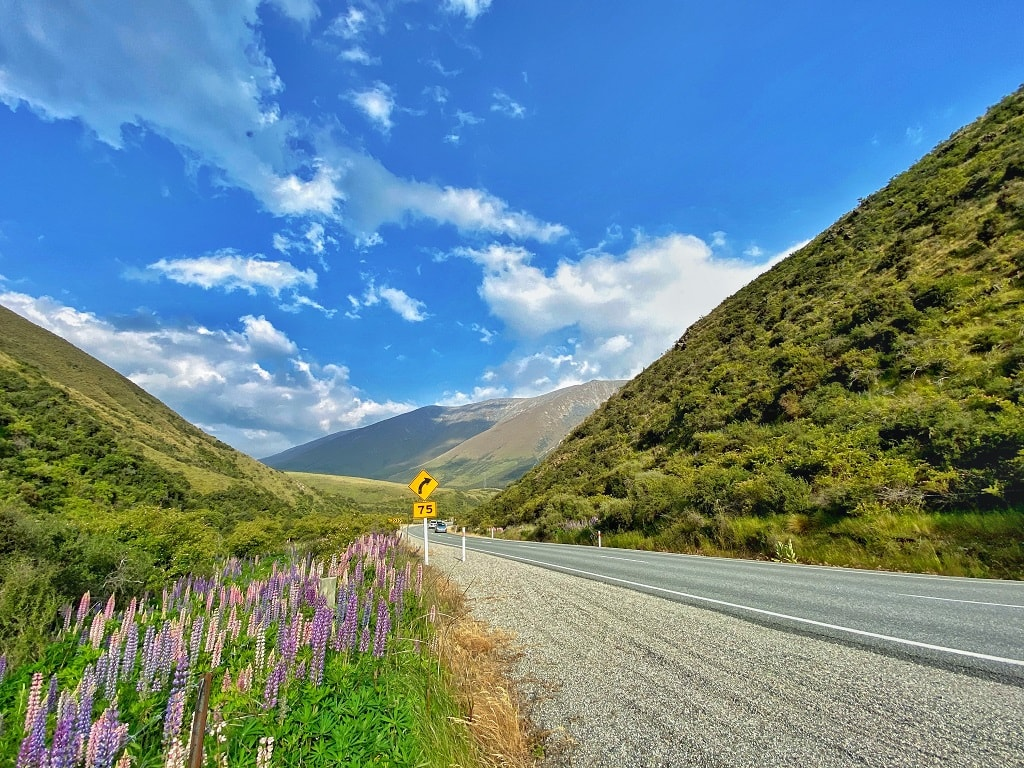 the road to Christchurch from Mt.Cook/Tekapo