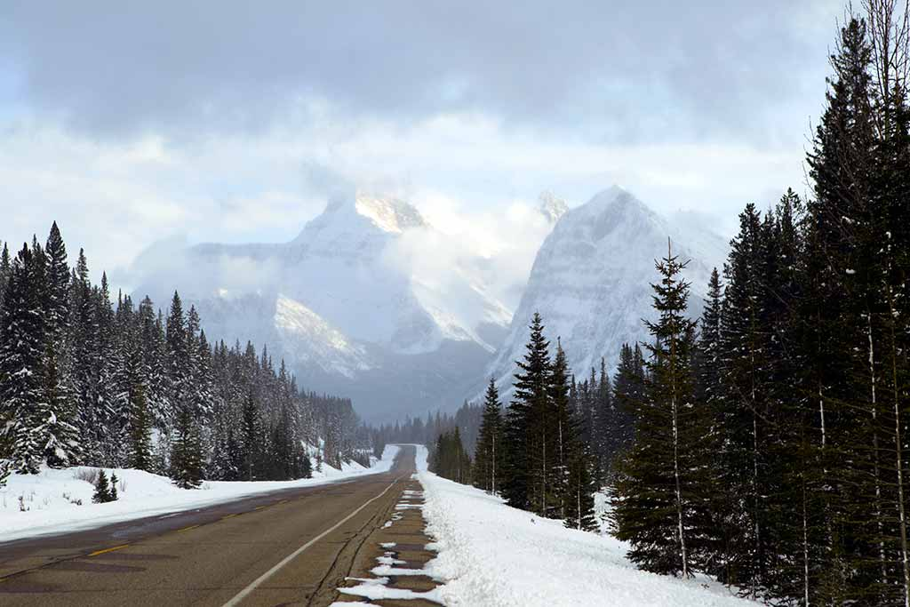 icefields parkway in Canada