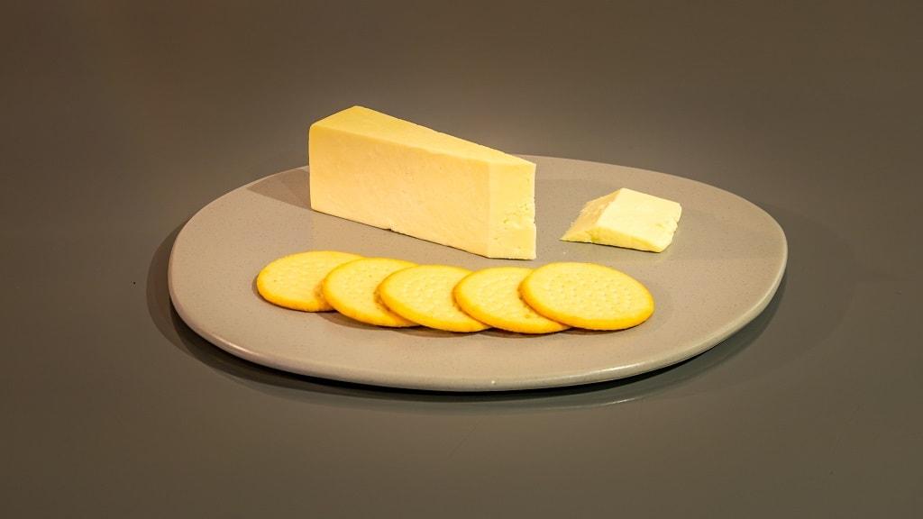 cheshire cheese and crackers