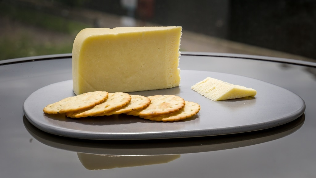 lancashire cheese with crackers