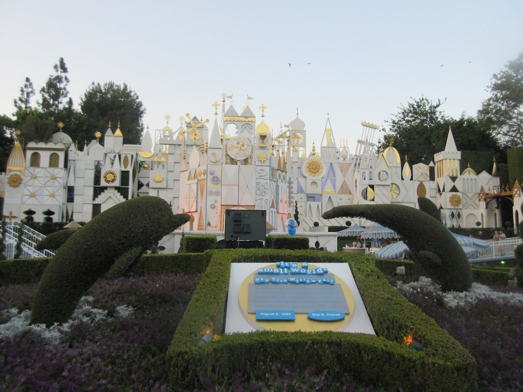 its a small world ride at disneyland