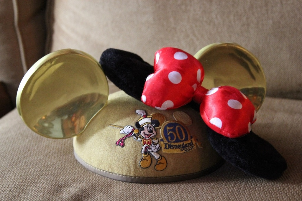 disneyland minnie mouse ears hat