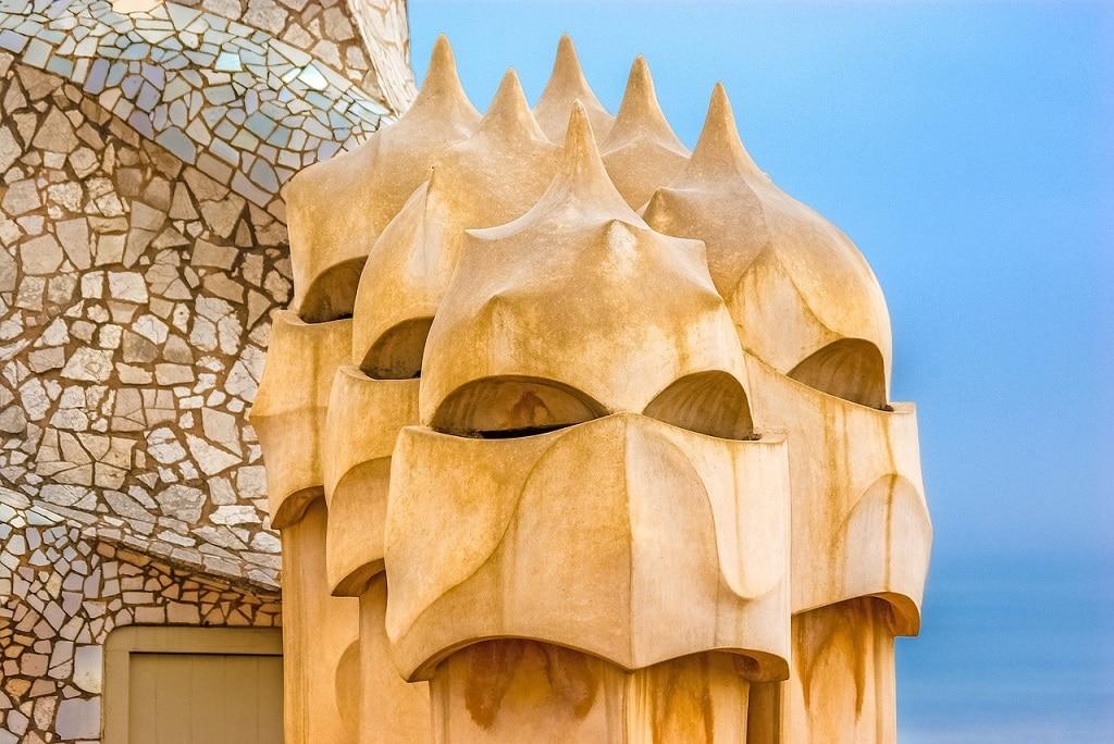 close up casa mila by Gaudi