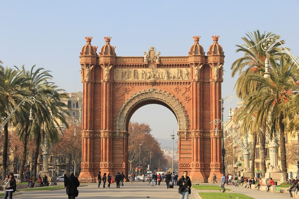 arch in barcelona