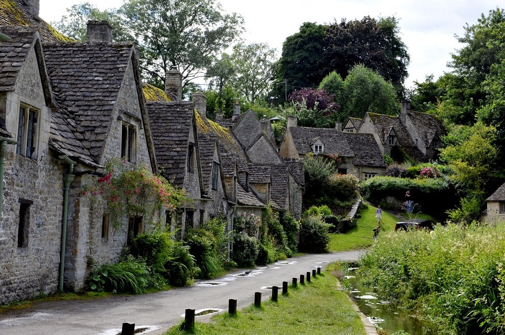 village in the cotswolds