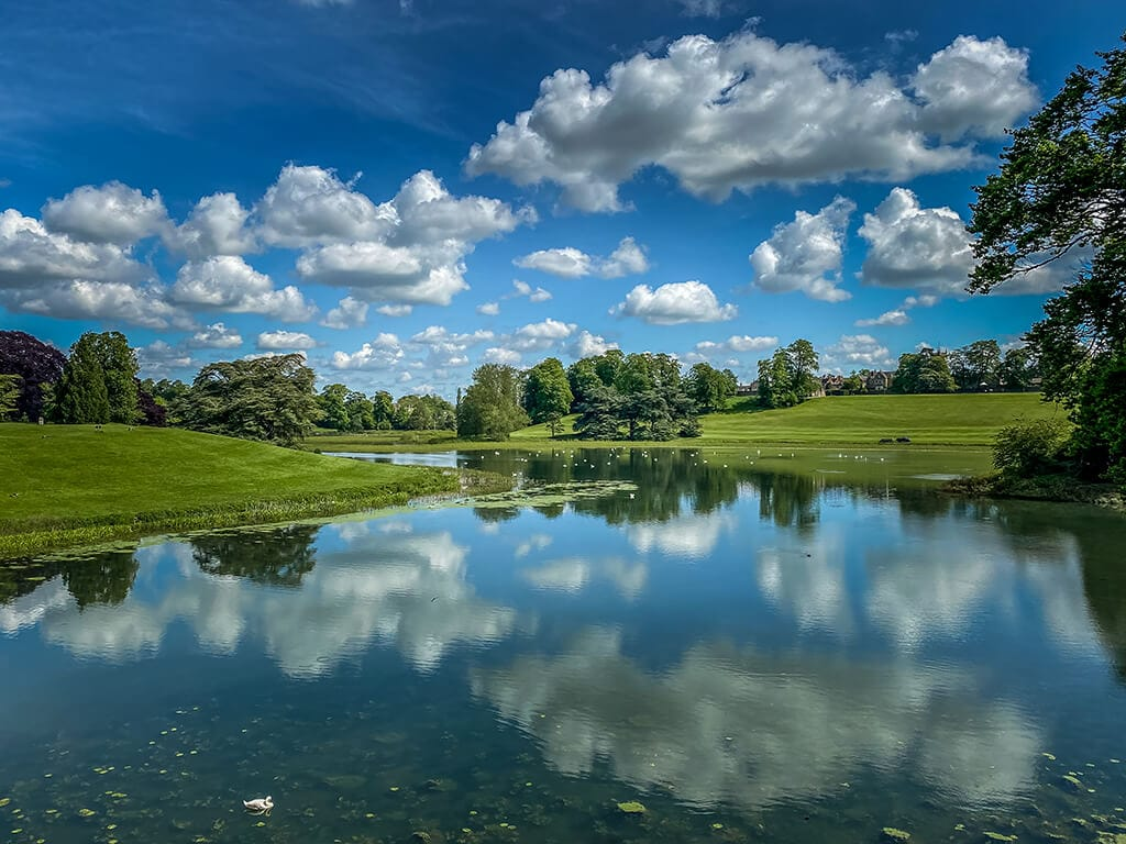 view of queens pool looking away from Blenheim Palace