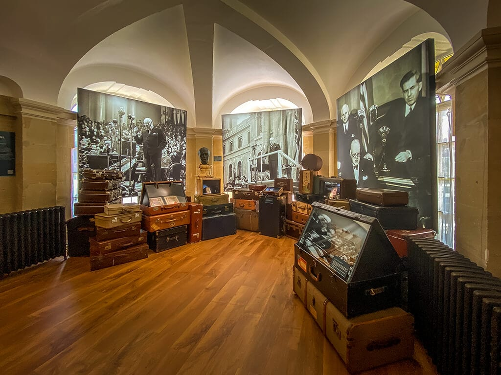 room in the new churchill exhibit at blenheim palace