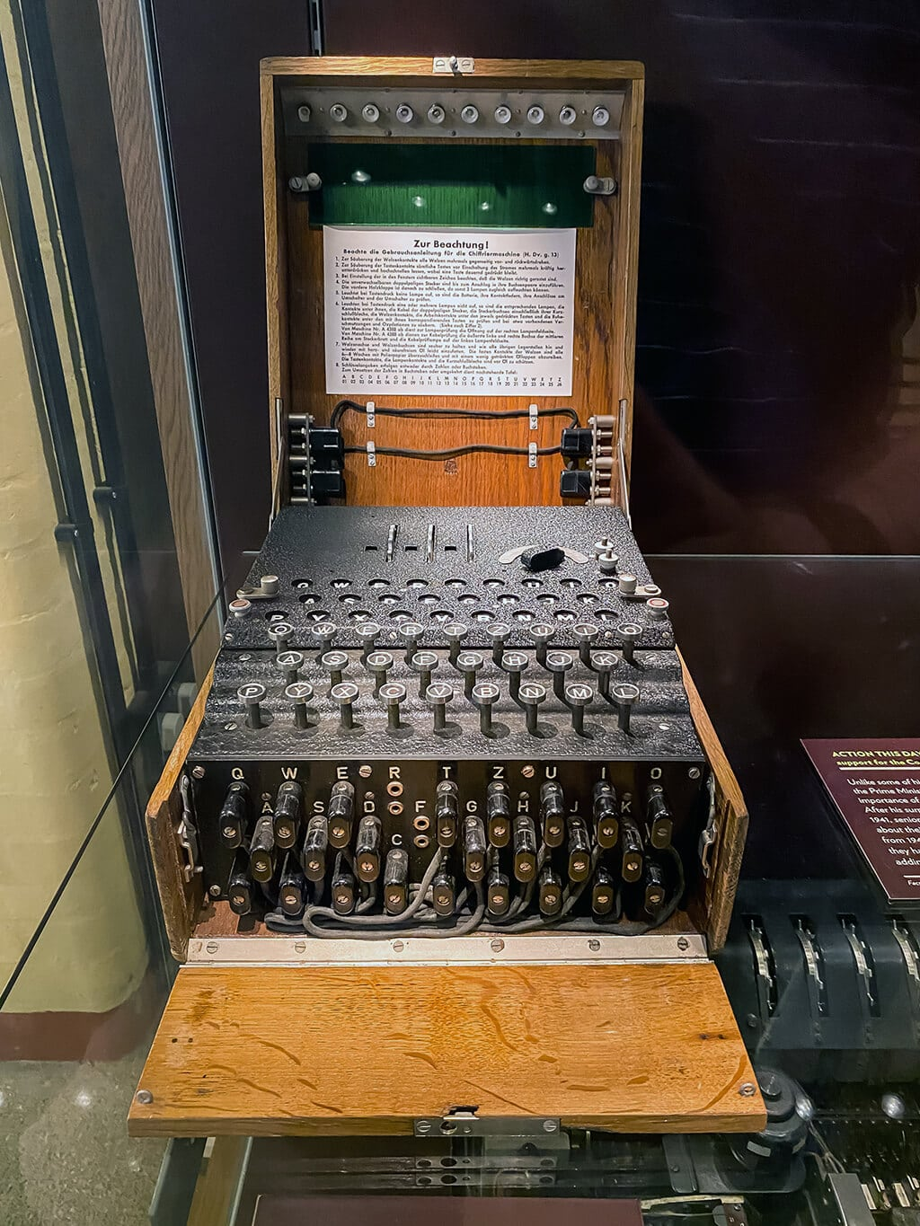 enigma machine at bletchley park